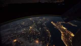 Repeat youtube video Andreas Alexander Ulrich: Die Erde bei Nacht (Weltraumstation ISS) (ISS)