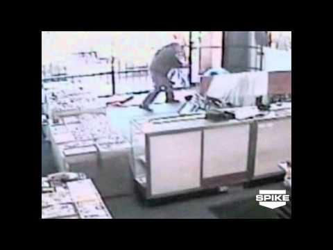 World's Wildest Police Videos: Jewelry Thieves Shot Blind
