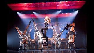 Christina Aguilera - The Beautiful People (Burlesque)