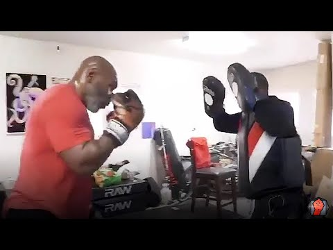 OMG! MIKE TYSON STILL TERRIFYING ON THE MITTS! THROWS EXPLOSIVE COMBINATIONS TRAINING FOR COMEBACK