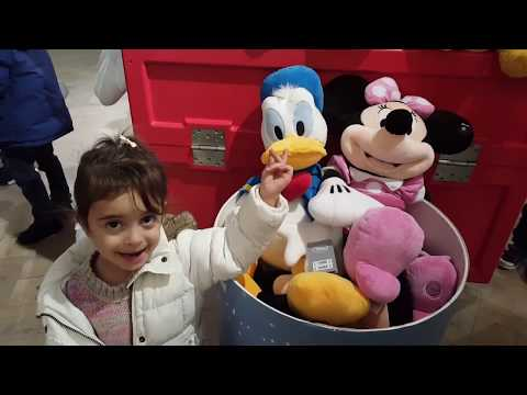 Thumbnail: Having Fun In Shopping Toy Store / Princess Castle Playhouse