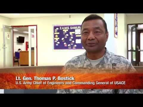 Lt . Gen.  Thomas P. Bostick visits Zama American Middle School