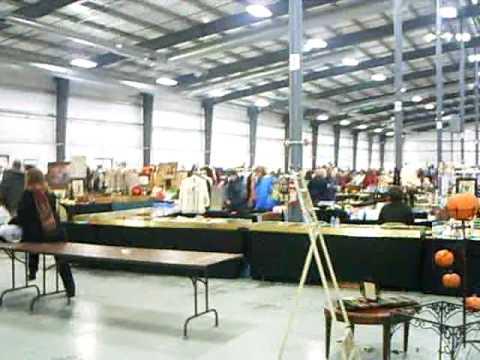 Grayslake Antique Market - Illinois