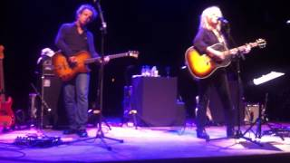 Lucinda Williams .- Tryin To Get To Heaven ( live in Kafe Antzokia ,Bilbao 15.06.2013 )