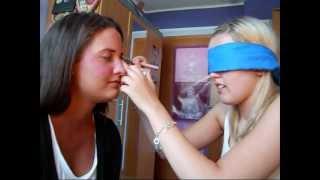 Blind Schminken mit Anina