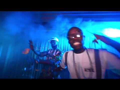 Kach feat  Pépé - Chui dans mon délir (All The Way Up rmx)