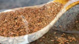 Flaxseed Oil Benefits and How to Cook With Flaxseed Oil