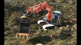 Excavator Mounding in Rough Terrain