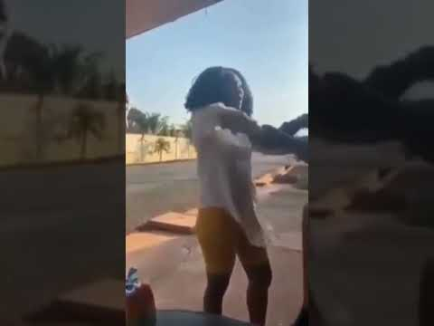 This is how Accra base Ashawo disgraced a guy who chop her without payment.