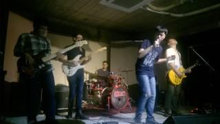 Tháng 8 - Xanh 8+1 band