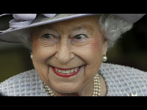 +shocking+ Queen Elizabeth 2 exposed shape-shifting in secret portrait! Rudolf the tall white alien.