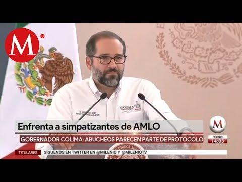 Gobernador de Colima encara rechiflas de simpatizantes de AMLO