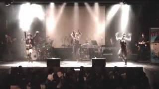 シルビア・グラブと林希のユニットgravityのライブより 「I Gotcha」wit...