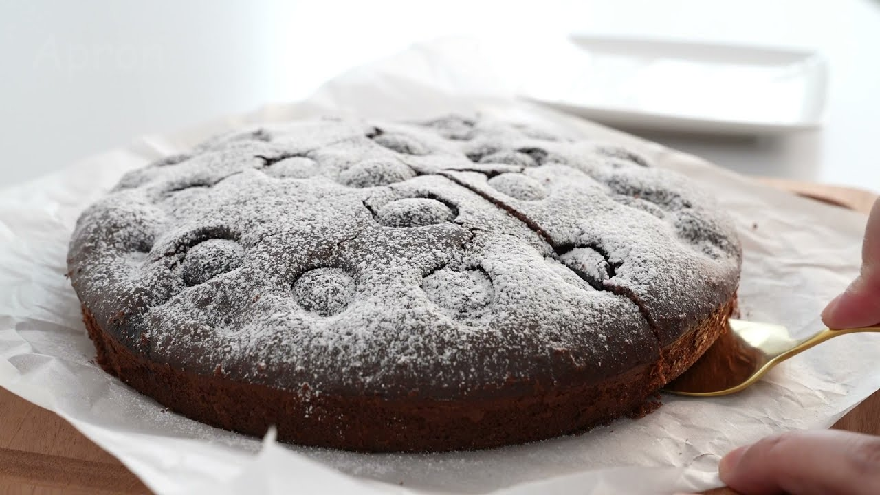 Cherry Chocolate Cake|Apron