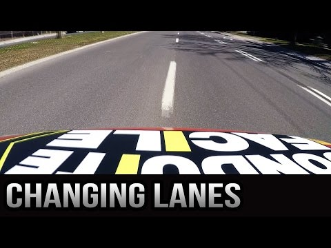How to Change Lanes - Tips for the Driving Exam