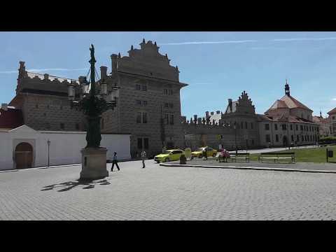 """Prag Prague: Der Stadtteil """"Kleinseite"""" Malá Strana ist großartig. """"Lesser town"""" Hradschin is great"""