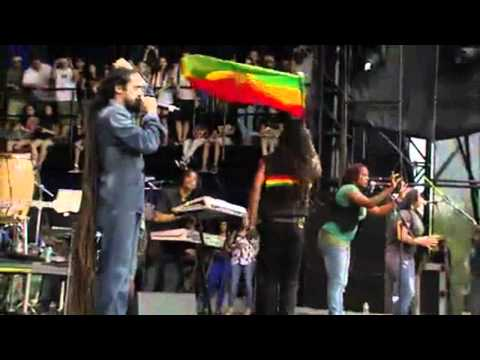 Nas & Damian Marley - Leaders - Live At Lollapalooza 2011