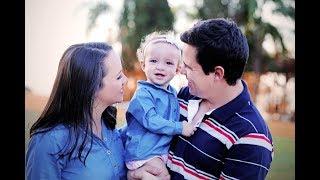 Baixar Retro infantil diferente: Ana Julia - 1 ano (♫ Trem bala + Promete/ Ana Vilela)