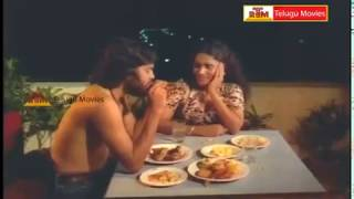 Repeat youtube video Kamal Haasan & Sridevi Lovely Scene - In Akali Rajyam Telugu Movie