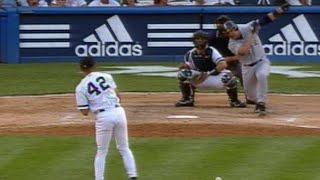 Edgar laces RBI single off Mo in the 9th