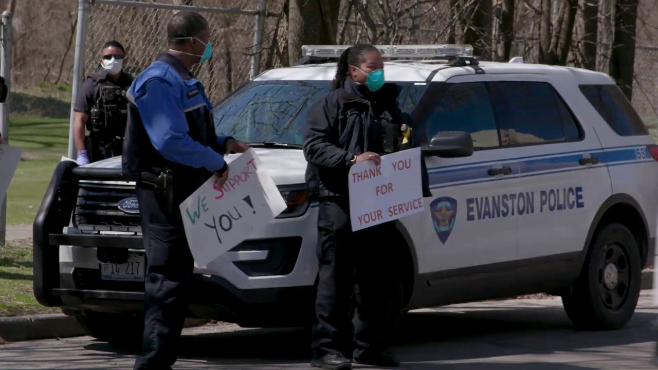 Police Show Support to Healthcare Workers at Evanston Hospital- April 21, 2020