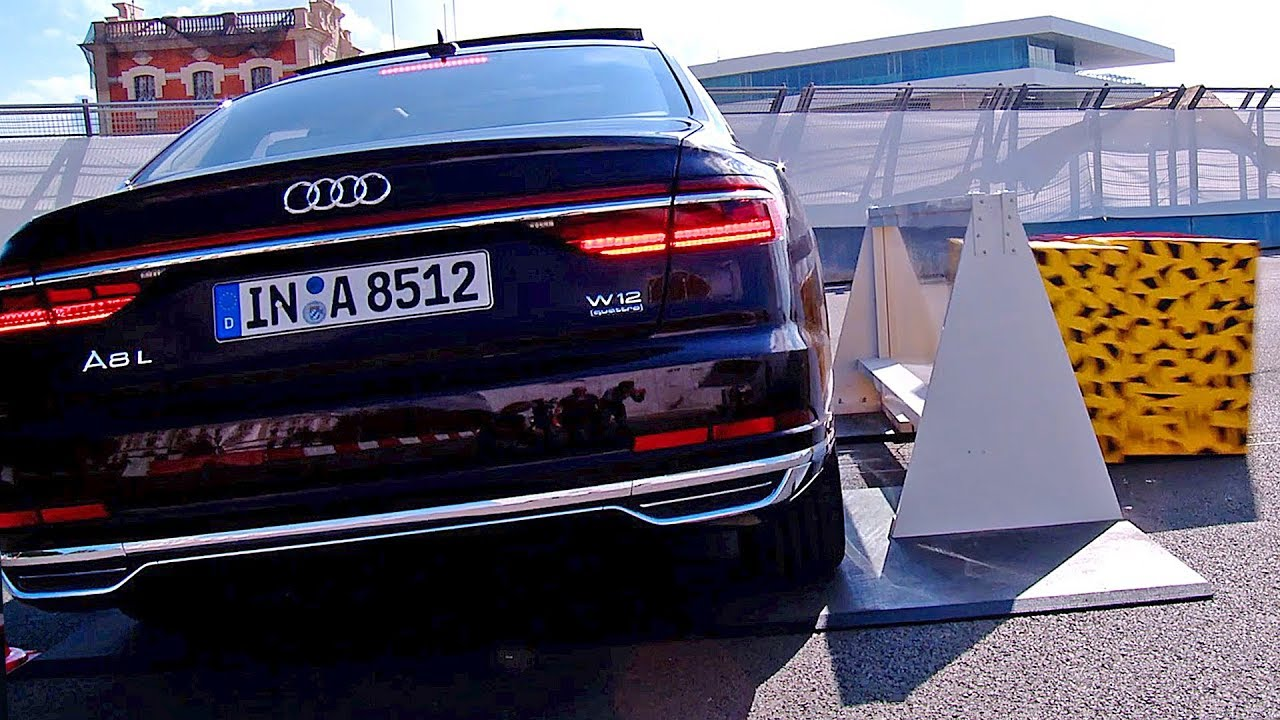 Audi A8 (2018) demonstracija visoke tehnologije