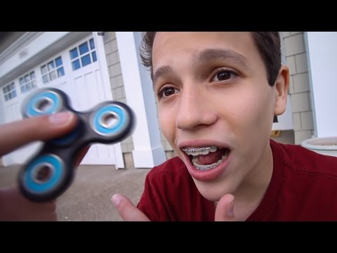 THIS IS SO COOL!!! (FIDGET SPINNER)