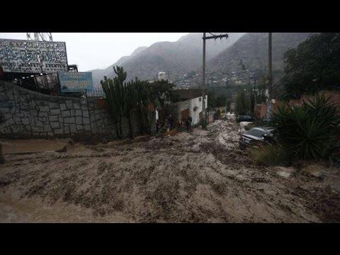 LOS 5 PEORES HUAICOS (GRABADOS) EN PERU #1