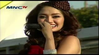 SITI BADRIAH [Berondong Tua] Live At MNC TV Festival Surabaya (01-06-2014) Courtesy MNC TV