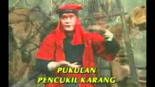 Download Video 7. Wiro Sableng - Tiga Setan Darah dan Cambuk Api Angin part 10 MP3 3GP MP4