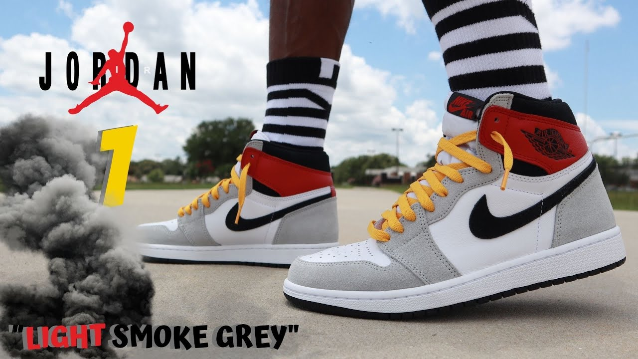 "Jordan 1 ""LIGHT SMOKE GREY"" DETAILED REVIEW & ON FEET W/ LACE SWAPS!!! THESE WILL SELL OUT FAST!!!!"