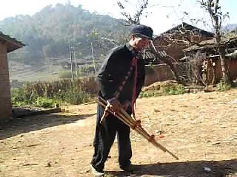 Qeej Hmoob Paj Tawg Lag - Wenshan Hmong Lusheng - 文山苗族芦笙