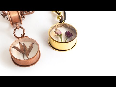 Artbeads Quick Tutorial - How to Embed Organics in Resin with Becky Nunn