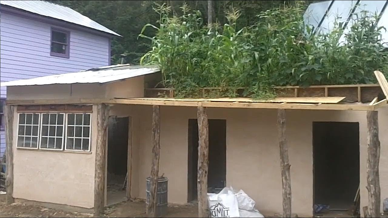 A Tiny House Earthship w/ Roof Top Garden