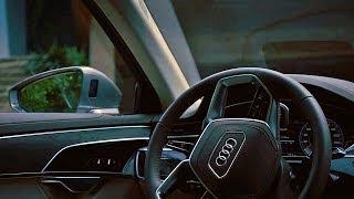 Sürücüsüz Kendi Kendine Park Eden Audi A8