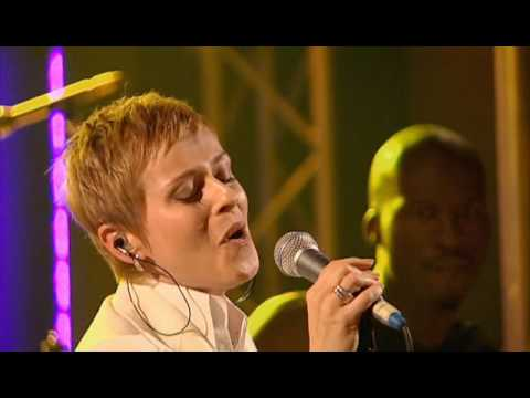 Lisa Stansfield (2/17) -  The Real Thing