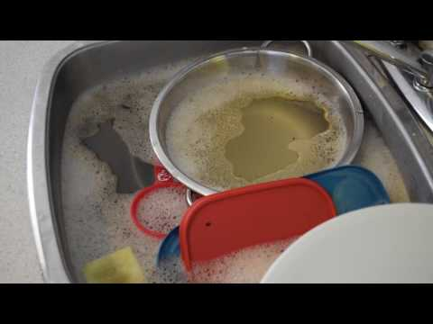 How to wash dishes with only one sink