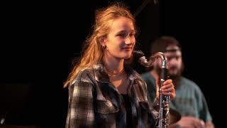 Sons et leçons de Joëlle Léandre (Réalisé par Gil Corre) - Tourné à Music'Halle