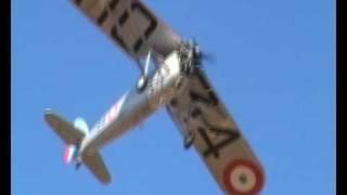 atterrissage ancien avion + 737 80 ryanair low La Rochelle