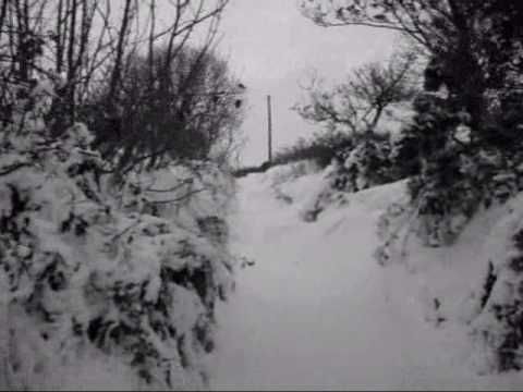Welsh bagpipes - Pibau Preseli, a walk in the snow.