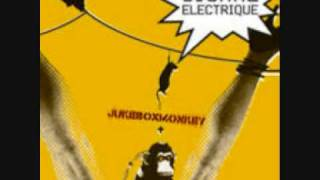 Signal Electrique-Electronic Electric-Jukebox Monkey 2003.wmv