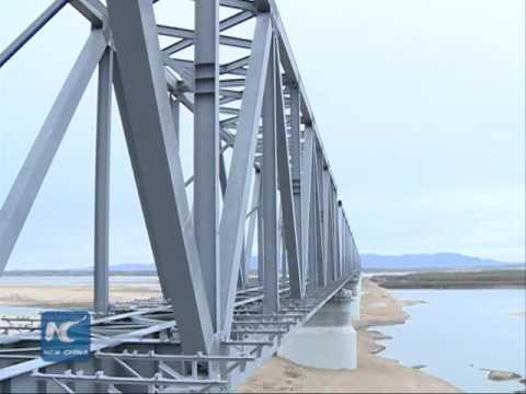 China-Russia railway bridge nears completion