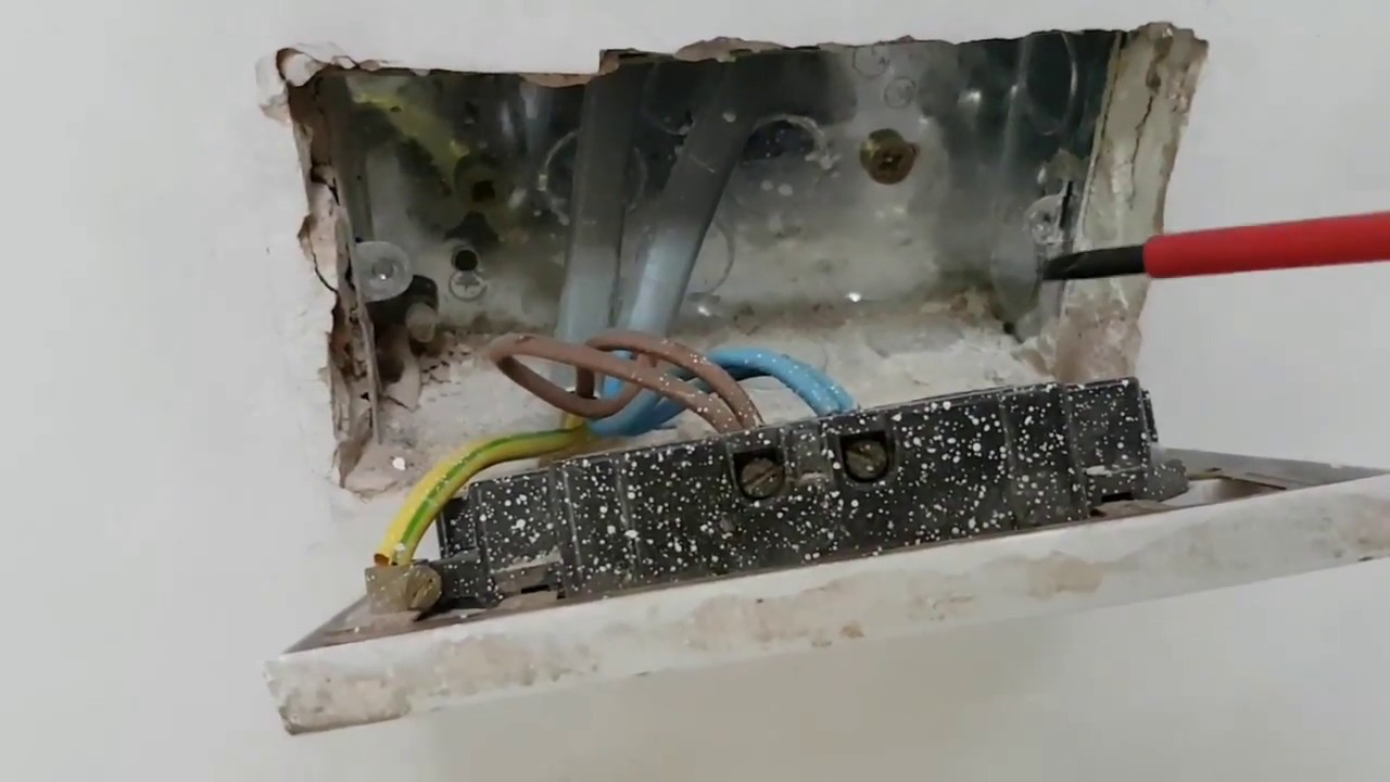hight resolution of how to install a double socket youtube double socket wiring a outlet