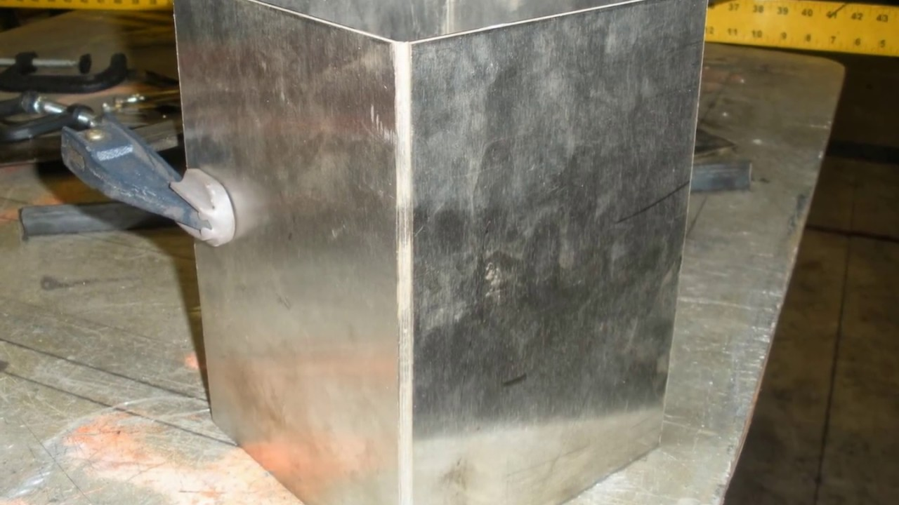 Building My Homemade Insulated Veritical Smoker Youtube