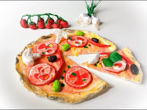 DIY paper pizza. Fabrique une pizza en papier.