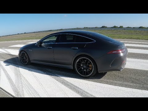 See Mercedes-AMG GT 63 S furiously accelerate to 186 mph