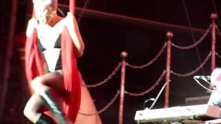Baixar Pink - Unwind live in Nürnberg am 15.07.2010