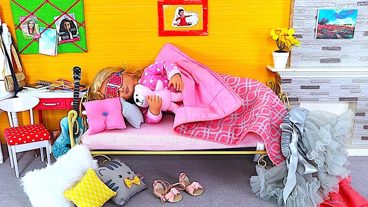 Baby Doll Back From School Evening Routine   Playing AG Dolls Bedroom, Doll  Dinner W/ Play Food Toys