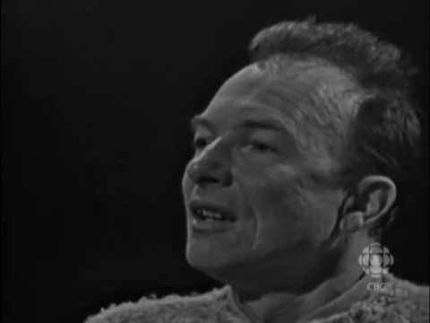 Folk singer & activist Pete Seeger on unionism, 1965: CBC Archives | CBC