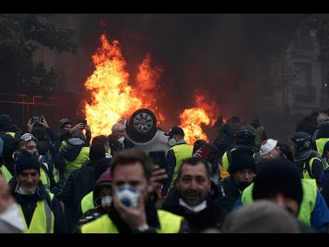 Macron is Cracking Down on the Yellow Vests